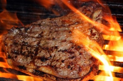 Grilled and Smoked Food May Develop Cancer