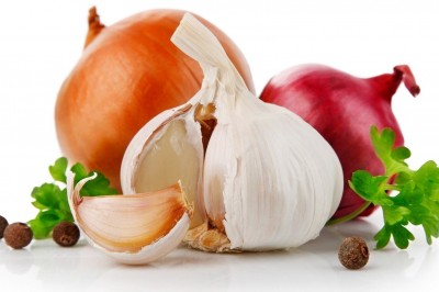 Onions and garlic may protect women from breast cancer
